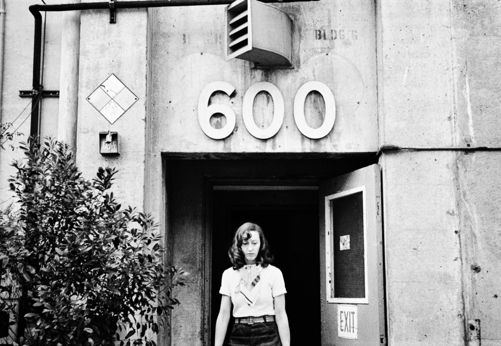 Street photography, Los Angeles Mon amour, Leica, black and white, Sad Woman